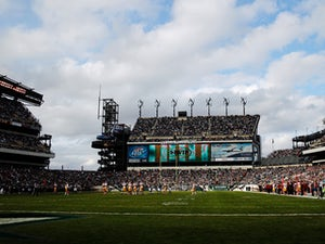 Eagles want to host Super Bowl