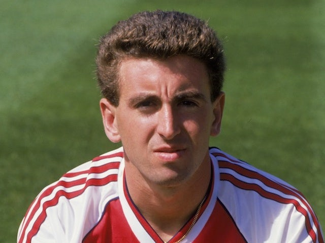 Nigel Winterburn poses for a photo during his time at Arsenal in 1988