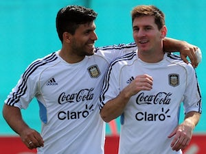 Aguero: 'Signing Messi would be complicated'