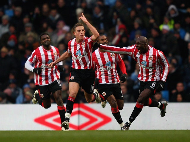Jordan Henderson of Sunderland celebrates after scoring his teams second goal during the Barclays Premier League match between Manchester City and Sunderland at the City of Manchester Stadium on December 19, 2009