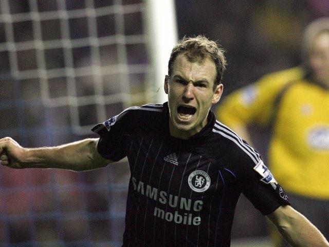 Arjen Robben celebrates his winning goal for Chelsea against Wigan Athletic on December 23, 2006.