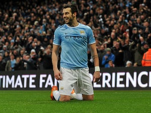 Negredo: 'Arsenal are favourites'