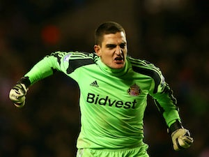 Mannone: 'We're not safe yet'