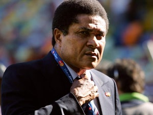 Portugal pay tribute to Eusebio