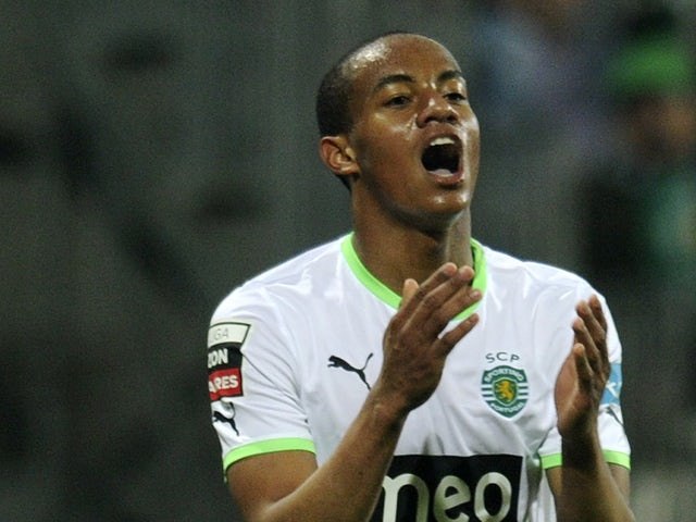 Sportings Brazilian Jeffren reacts during their Portuguese league football match against Olhanense at Jose Arcanjo stadium in Olhao, southern Portugal, on January 23, 2012