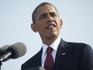Video: Barack Obama makes 40-foot chip