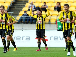 Wellington's Carlos Hernandez celebrates after scoring the opening goal against Melbourne on January 18, 2014