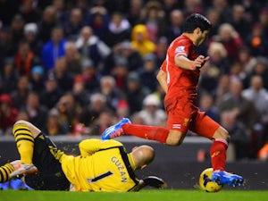 Guzan: 'Suarez unsure of penalty contact'