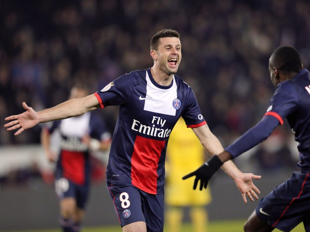 Paris Saint-Germain's Italian midfielder Thiago Motta is congratulated by Paris Saint-Germain's French midfielder Blaise Matuidi after scoring a goal during the French L1 football match Paris Saint-Germain (PSG) vs Nantes (FCNA), on January 19, 2014