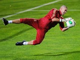 Spain goalkeeper Victor Valdes in training on November 13, 2013