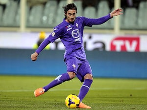 Alberto Aquilani of ACF Fiorentina scores a goal during the Serie A match between ACF Fiorentina and Genoa CFC at Stadio Artemio Franchi on January 26, 2014