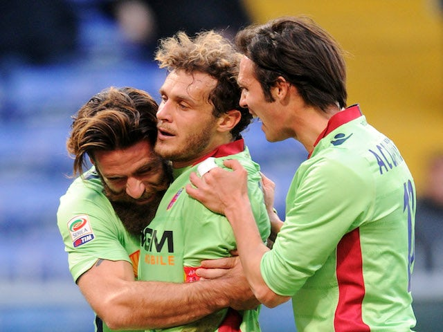 Alessandro Diamanti of Bologna FC celebrates his goal with team mate Davide Moscardelli during the Serie A match against UC Sampdoria on January 26, 2014