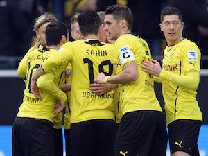 Hamburg stun Dortmund