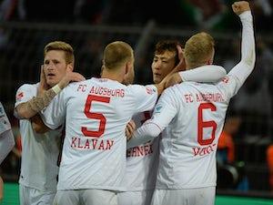 Result: Augsburg ease past 10-man Bremen