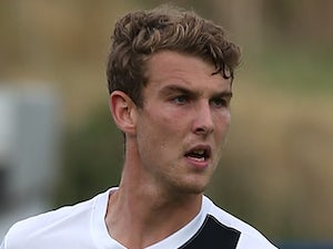 Half-Time Report: Winnall fires Scunthorpe in front at Dagenham