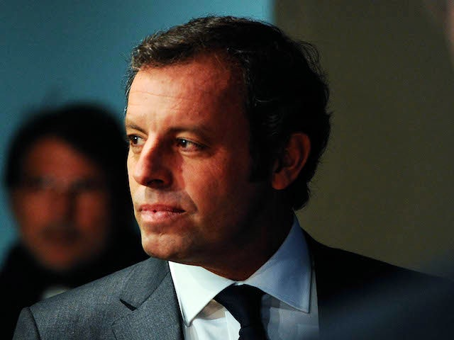 FCB President Sandro Rosell arrives to the press conference announcing his resgination as FCB president on January 23, 2014