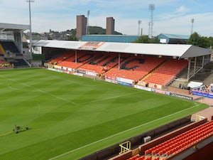 Brown leaves Dundee by mutual consent