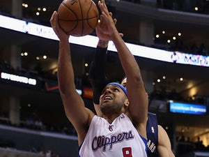 Report: Clippers seek Dudley trade