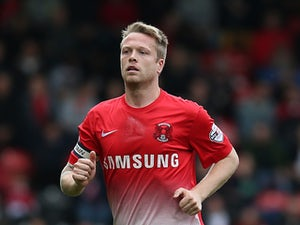 Nathan Clarke joins Bradford City