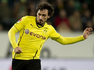 Hummels plays down injury fears