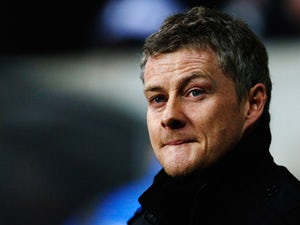 Solskjaer avoids transfer row