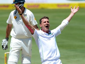 South Africa ease to win over New Zealand