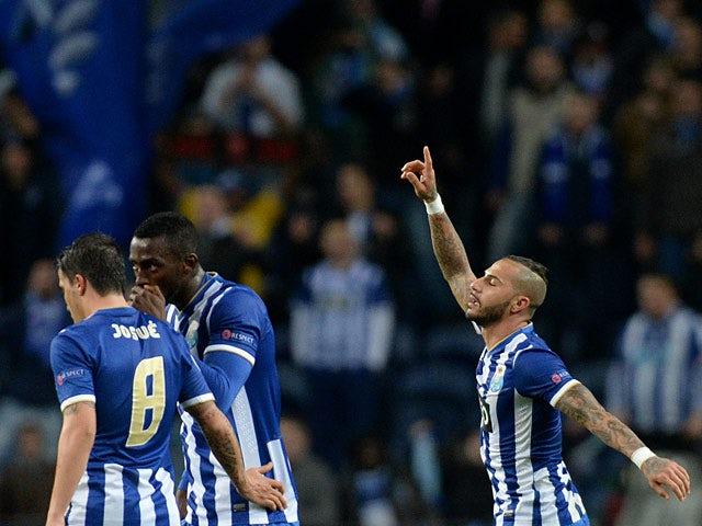 Result: Frankfurt muster comeback to hold Porto