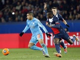 Marseille's French forward Dimitri Payet (L) vies with Paris' French midfielder Blaise Matuidi during the French L1 football match on March 2, 2014