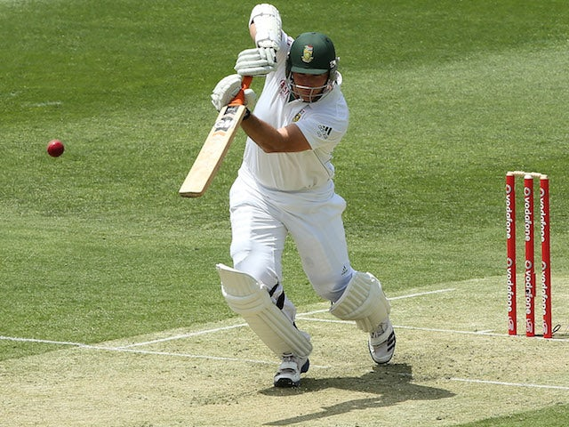 Graeme Smith of South Africa during day one of the First Test match between Australia and South Africa at The Gabba on November 9, 2012 in Brisbane, Australia