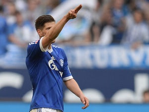 Half-Time Report: Schalke lead on Di Matteo's debut
