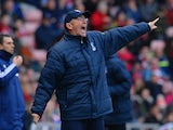 Tony Pulis manager of Crystal Palace points during the Barclays Premier League match between Sunderland and Crystal Palace at Stadium of Light on March 15, 2014