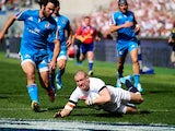 England's Mike Brown scores his first try against Italy during the Six Nations match on March 15, 2014