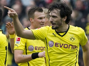 Team News: Hummels starts for Dortmund
