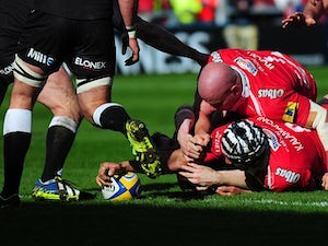 Gloucester hold on to beat Newcastle