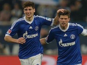 Schalke maintain march for third