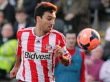 Sunderland's Argentinian forward Ignacio Scocco controls the ball during the English FA Cup quarter-final match against Hull City on March 9, 2014