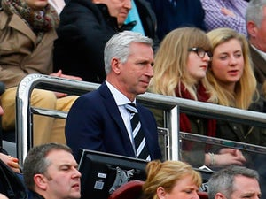 Pardew: 'We need a couple of strikers'