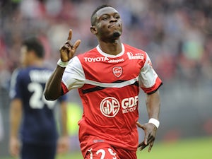 Burnley table offer for Majeed Waris?