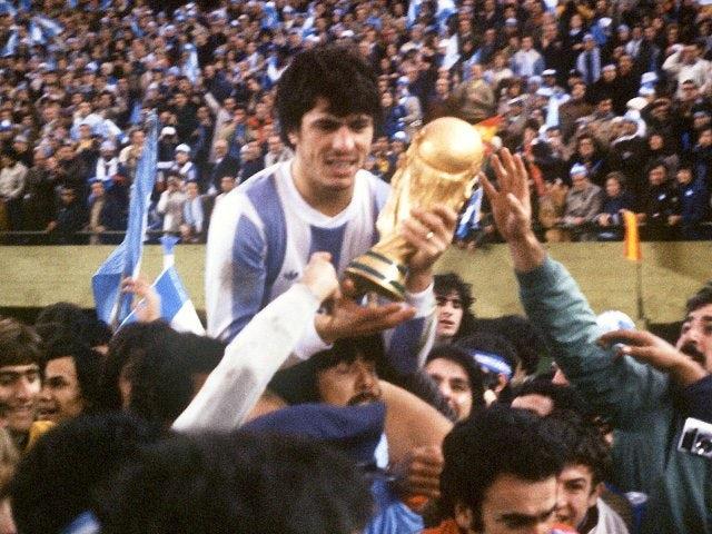 Argentina's Daniel Passarella lifts the World Cup on June 25, 1978.