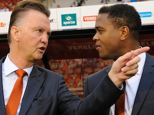 Kluivert backs Van Gaal for Man Utd job
