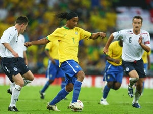 Ronaldinho, Riquelme to play for Chapecoense?