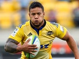 Alapati Leiua of the Hurricanes runs the ball during the round five Super Rugby match between the Hurricanes and the Cheetahs at Westpac Stadium on March 15, 2014