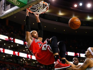 Bulls come from behind to beat Heat