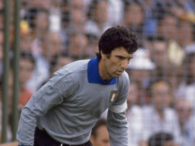 Goalkeeper Dino Zoff in action for Italy on July 01, 1982.