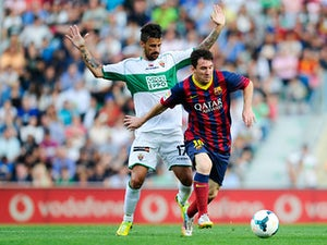 Elche share goalless draw with Barcelona