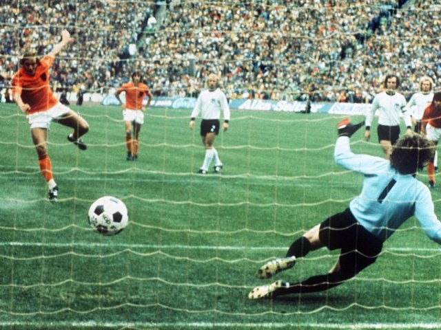 Holland's Johan Neeskens scores a penalty against West Germany during the World Cup final on July 07, 1974.