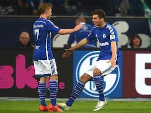 Schalke move past Werder Bremen