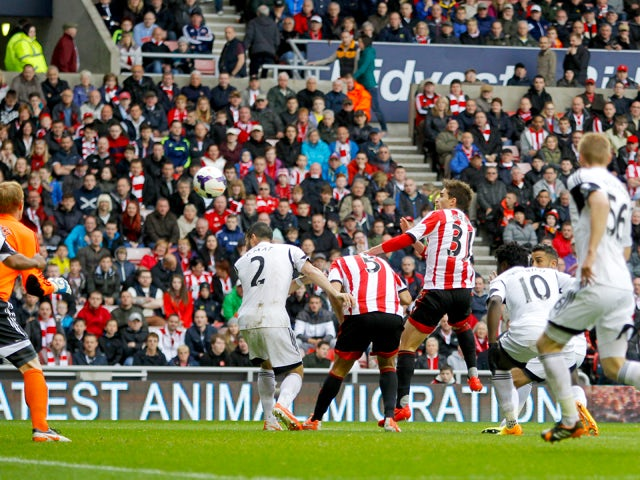 Sunderland's Fabio Borini, 2nd right scores his goal during the Barclays Premier League match between Sunderland and Swansea City at Stadium of Light on May 11, 2014