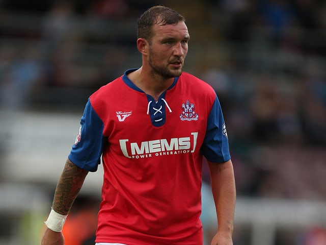 Result: Late Bywater error costs Gillingham