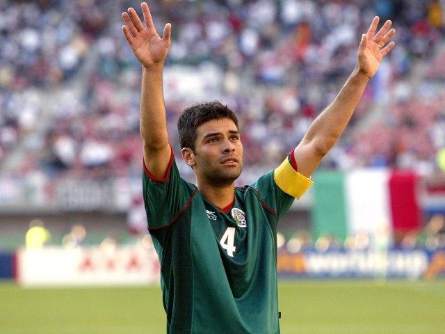 Mexico captain Rafael Marquez salutes the crowd on June 03, 2002.